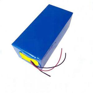 باتری قابل شارژ LiFePO4 باتری 10Ah 12V لیتیوم آهن فسفات باتری برای نور / یو پی اس / ابزار برقی / هواپیمای بی سیم یا یخ